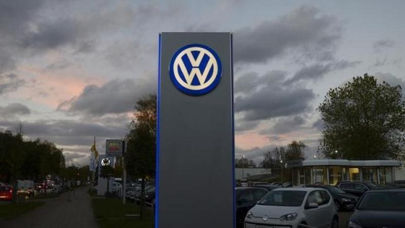 Slumps at Volkswagen and RSA weigh on European shares
