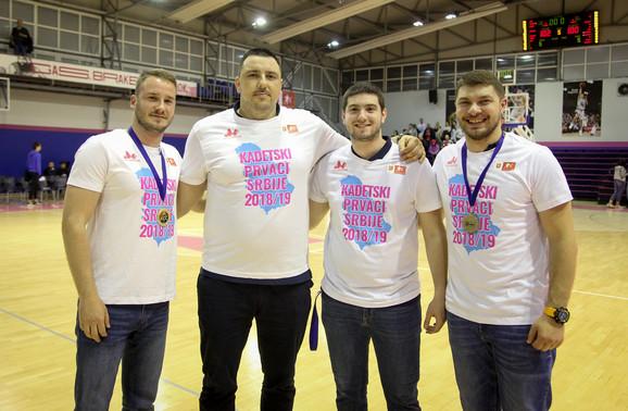 Kondicioni trener Pavle Tasić, Dragoljub Avramović, pomoćni trener Petar Radonjić, fizioterapeut Vanja Radojević