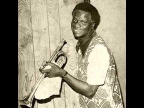 Veteran Dr Victor Olaiya