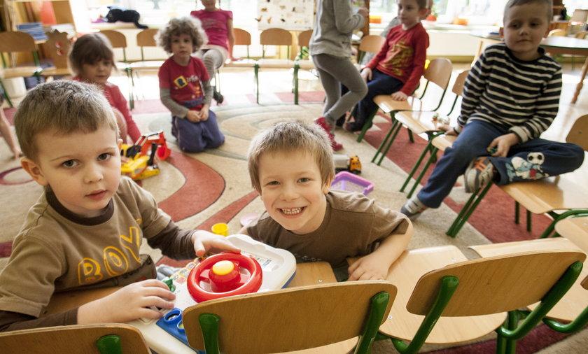 przedszkolaki w Piekarach Śląskich zbadane na ołowicę