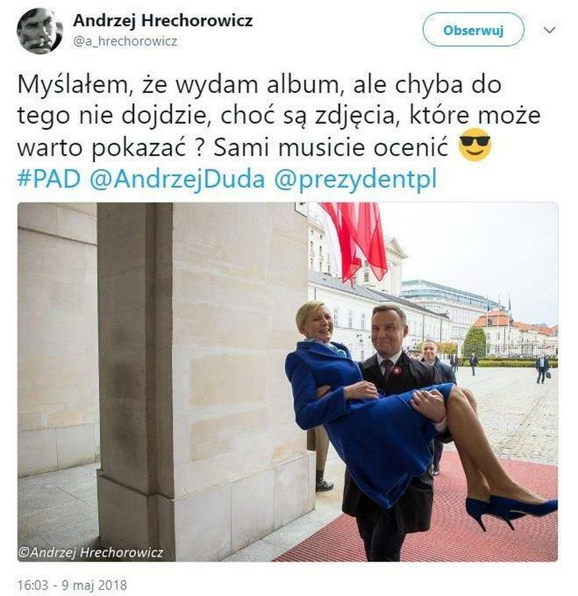 Andrzej Duda nosi żonę na rękach!
