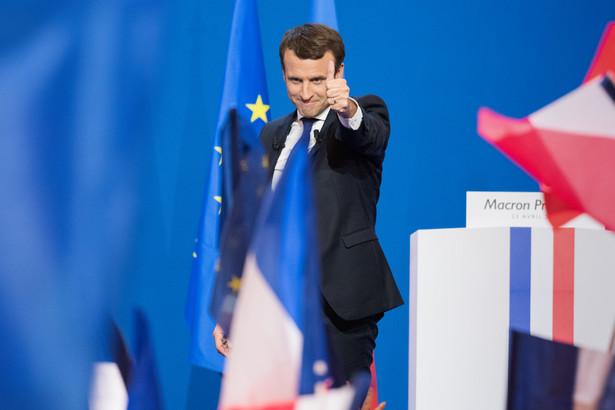 Macron rozmawiał z emirem Kuwejtu o rozwiązaniu kryzysu w Zatoce Perskiej