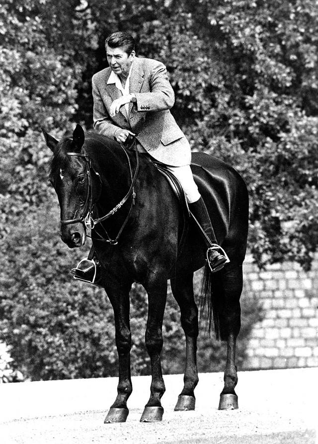 Regan je bio i ljubitelj konjičkog sporta, te je konje držao na ranču u blizini