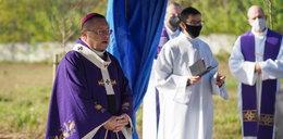 Arcybiskup Grzegorz Ryś modlił się za bezimiennych