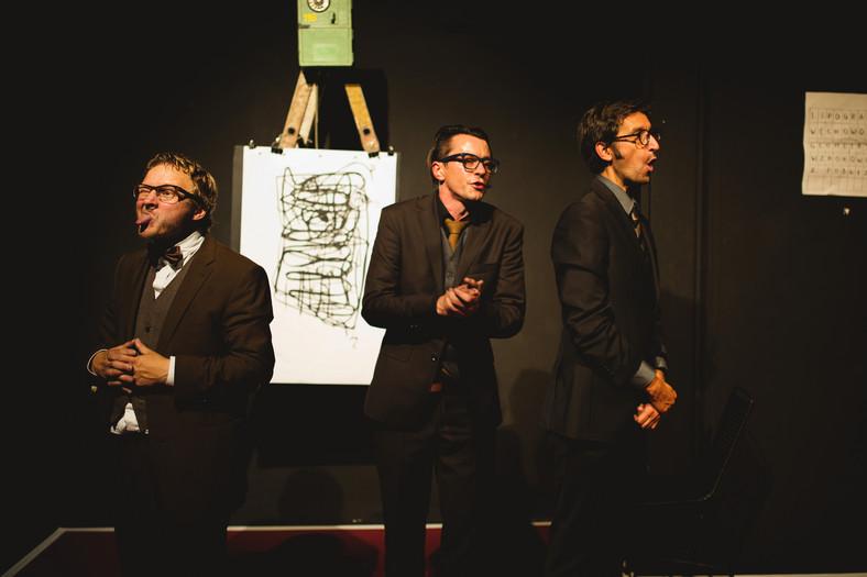 """Spektakl """"Ćwiczenia stylistyczne"""" w Teatrze Studio, fot. Bartek Warzecha"""