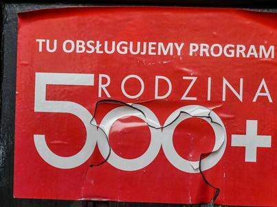 Obsługa i promocja programu 500 plus kosztowała łącznie ok. 400 mln złotych