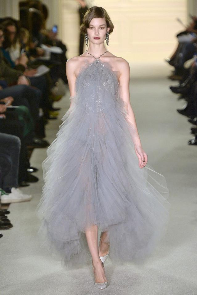 89e3b25159 Najpiękniejsze suknie wieczorowe - Moda
