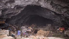 """Kolejka linowa zmieni życie współczesnych chińskich """"jaskiniowców"""" z Zhongdong"""