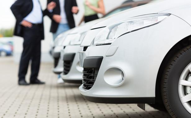 Polski rynek samochodów czeka w tym roku poważne spowolhandelnienie