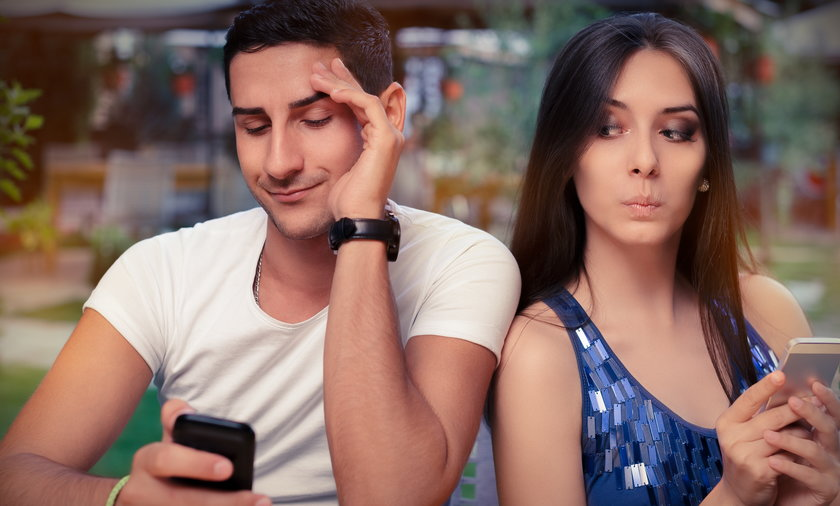 zazdrość, para, kobieta, mężczyzna, telefon