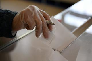 Wybory prezydenckie 2020: Głosowanie w reżimie sanitarnym. Pierwszeństwo dla seniorów i ciężarnych