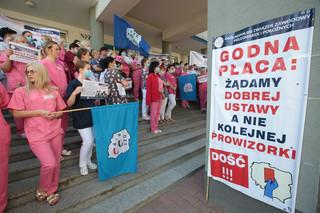 Strajk Pielęgniarek: 'Czujemy się oszukane przez rząd' [PODCAST]