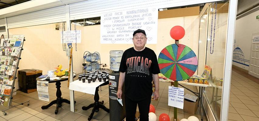 Zakręć kołem i pomóż potrzebującym. Emeryt prowadzi loterię w Arenie