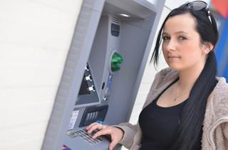 Bezpieczeństwo bankomatów – jak i dlaczego cyberprzestępcy mogą je kontrolować