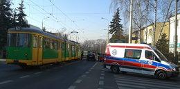 Rowerzysta uderzył w tramwaj FILM