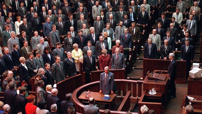 Uchwalenie Konstytucji z 1997