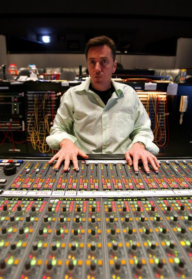 """Największym przegranym jest amerykański producent muzyczny Kevin O'Connell, który był nominowany do Oscara 20 razy, jednak nie zdobył żadnej statuetki. W tym roku otrzymał dwudziestą pierwszą nominację za film """"Przełęcz ocalonych""""."""