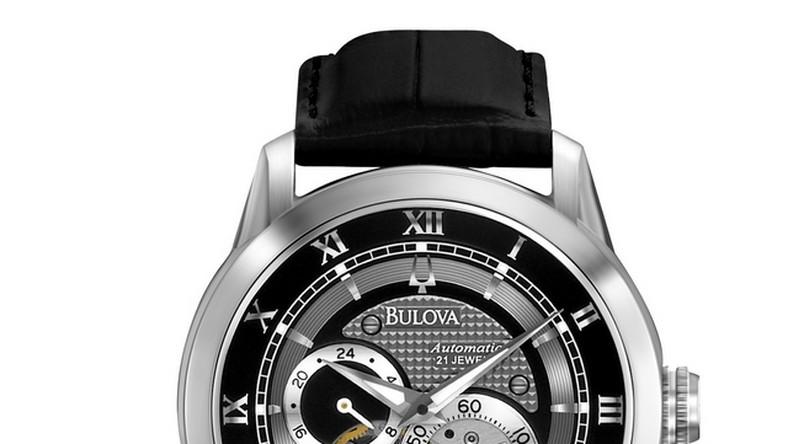 Historia zegarków Bulova sięga 1875 roku, kiedy Joseph Bulova otworzył mały sklep w jubilerskiej części Manhattanu, stawiając tym samym zegarek w zupełnie innej roli, w roli biżuterii, a nie tylko przedmiotu użytkowego. Bulovie udało się jako pierwszemu w świecie zegarmistrzostwa odnaleźć idealny balans pomiędzy tym, co techniczne i naukowe a tym, co modne i związane ze stylem życia