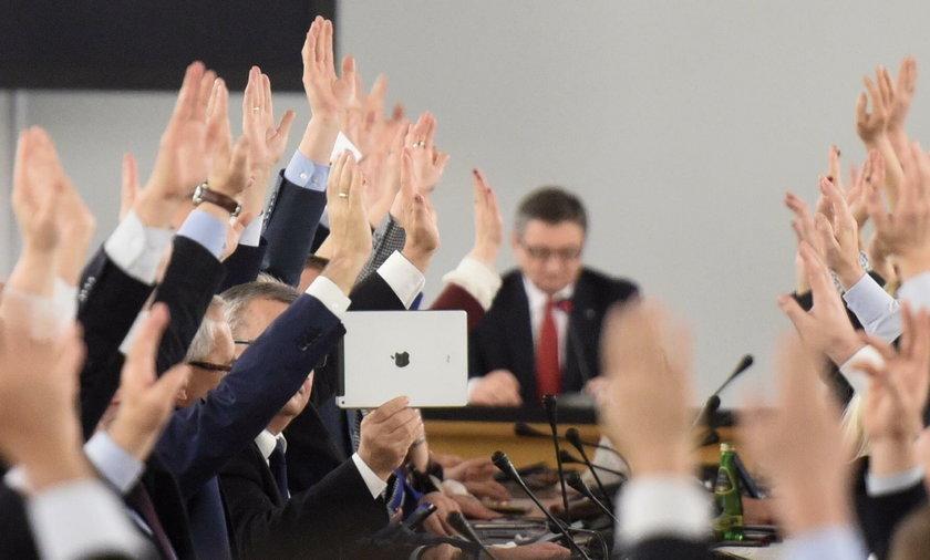 Piątkowe głosowanie w Sejmie