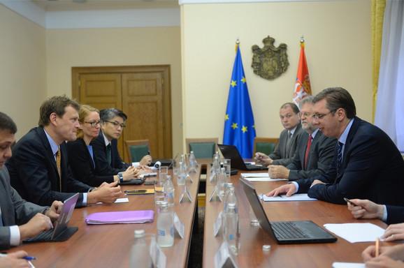 Šef misije MMF Džejms Ruf i Aleksandar Vučić