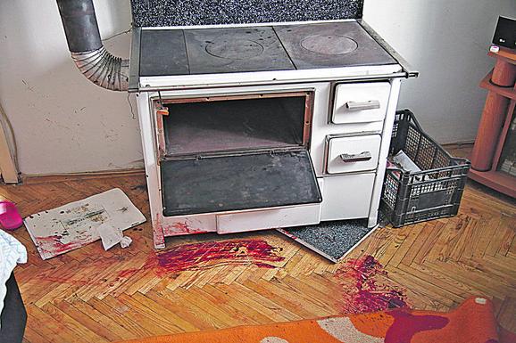 Krvavi tragovi u sobi svedoče o jezivom nasilju