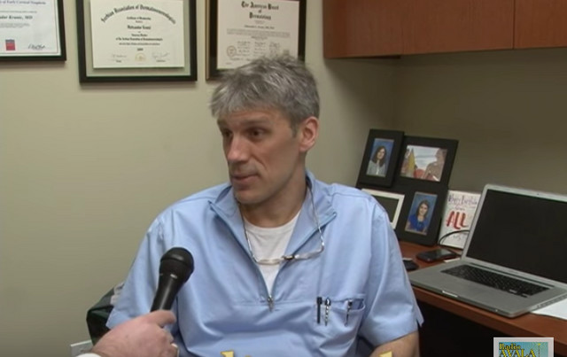 Dr Aleksandar Krunić, dermatolog u Čikagu