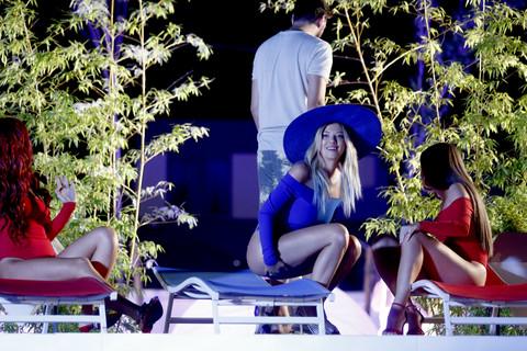 Kija u VELIKOM problemu: Taman je krenula da gradi karijeru pevačice, a već je naišla na ova PODMETANJA!