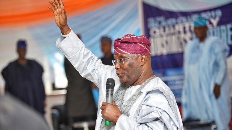 Lai Mohammed says Atiku Abubakar is planning to declare himself President  [Twitter/@bolanle cole]