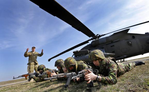 NATO vojska