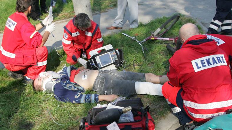 Ranny w śmigłowcu lekarz bohaterem ratowników