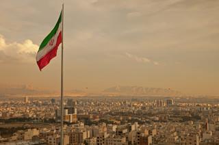 Warszawa – Teheran: Zmarnowany potencjał, spore napięcia [OPINIA]