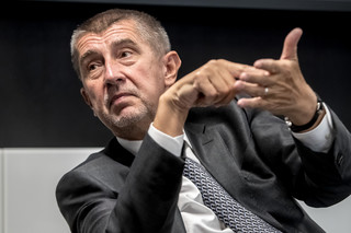 Rozpoczynają się dwudniowe wybory parlamentarne w Czechach. Na czele sondaży partia Babisza