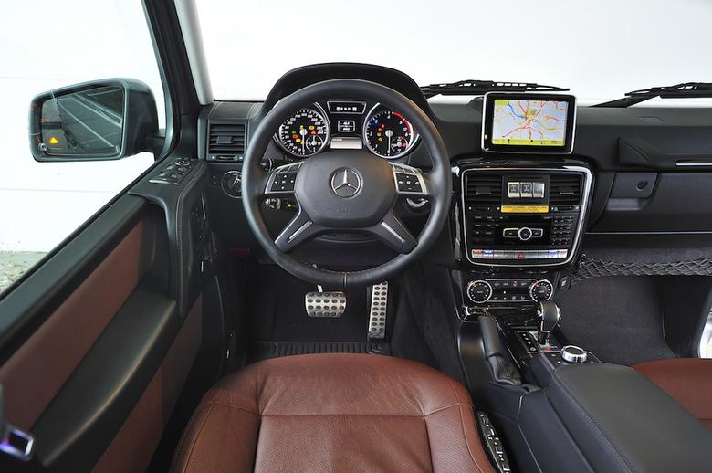 Mercedes klasy G – dotychczasowy kokpit