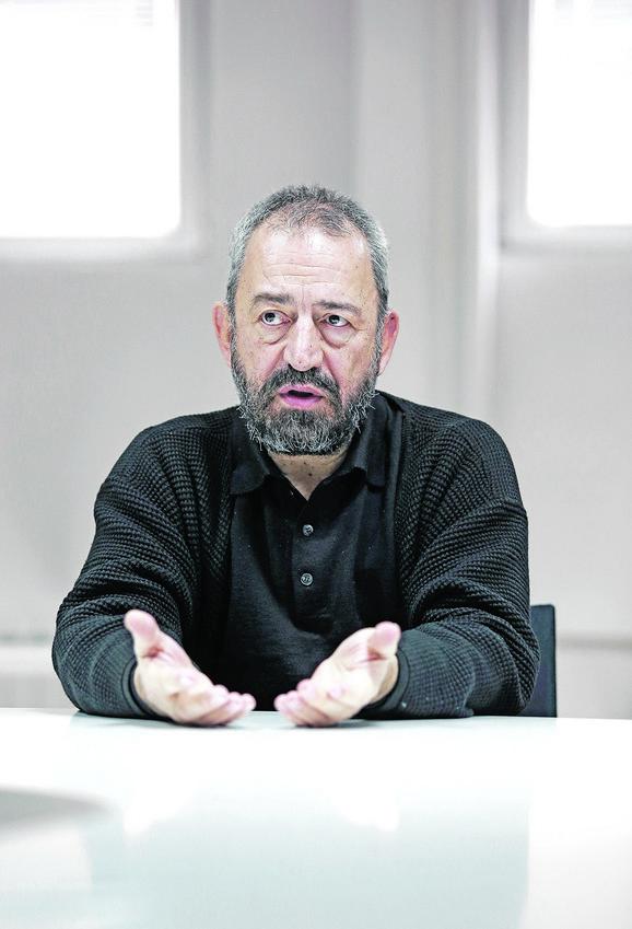 Đakon Nenad Ilić: Ako deca radost i optimizam ne nalaze u svojoj okolini - naći će na jutjubu