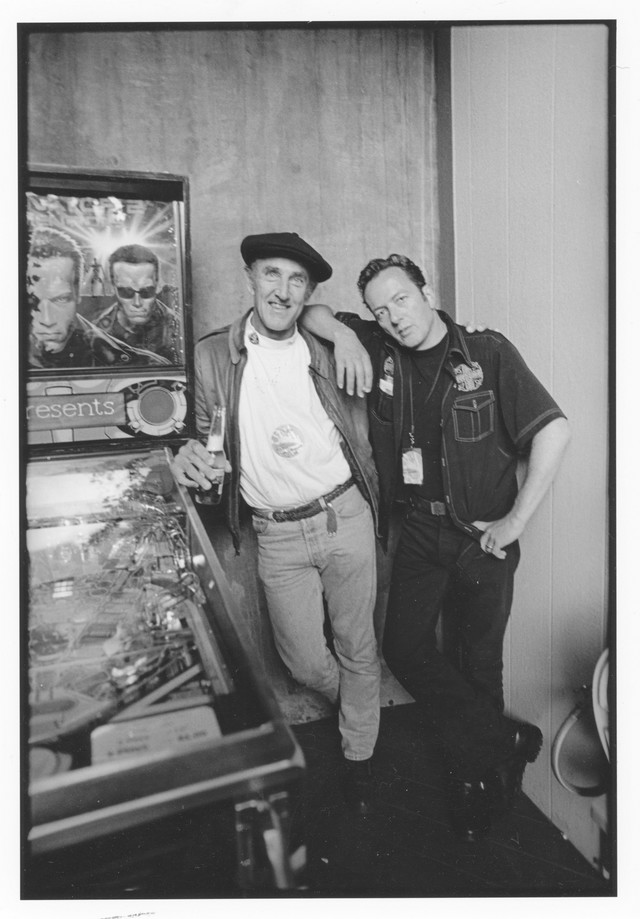 Majkl Zagaris i Džo Stramer (The Clash), 2002.
