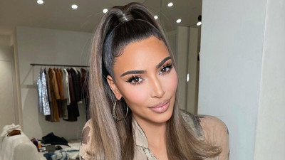 Do it Yourself: Try the sleek high ponytail hairstyle