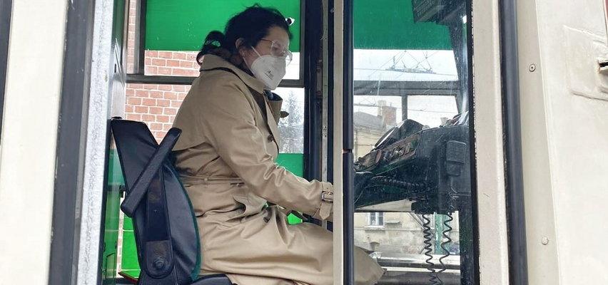 Prezydent Gdańska za sterami tramwaju? Spokojnie! To tylko kontrola