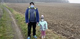 5-latka wybrała się na spacer z tatą. Przez przypadek odkryła bezcenny skarb