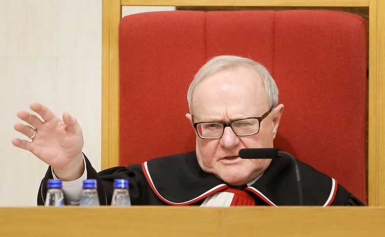 Sędzia-sprawozdawca Stanisław Biernat podczas rozprawy w Trybunale Konstytucyjnym