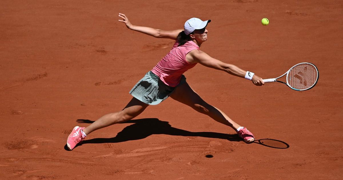 Roland Garros: Mattek-Sands/Świątek - Krejcikova/Siniakova ...