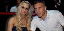 Piękna żona Lukasa Podolskiego