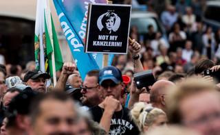 Niemcy: Merkel wyzwana od zdrajców na wiecach w Saksonii i Turyngii