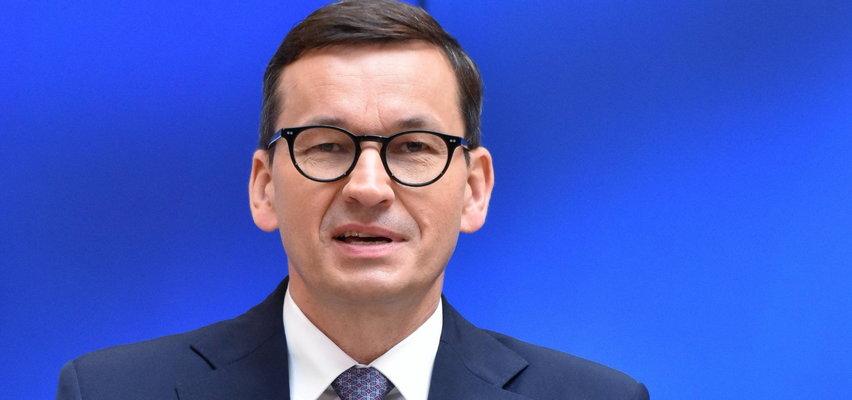 Premier chwali się wzrostem płacy minimalnej i do pracy chce ściągać Polaków z zagranicy