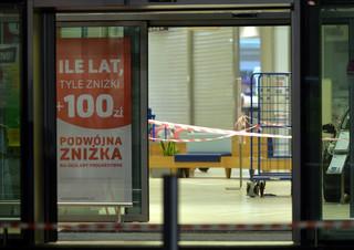 Atak nożownika w Stalowej Woli. Jedna osoba nie żyje, sześć jest rannych