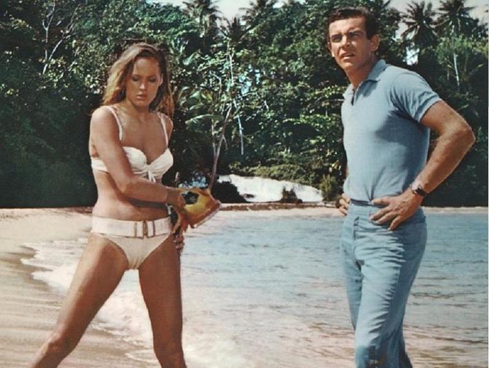 Ursula Andress Sean Connery 007 Bond dr No plaża