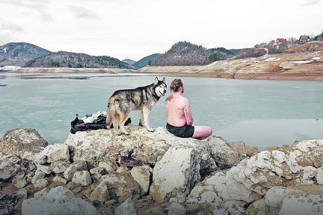 Boris obožava da posećuje jezero