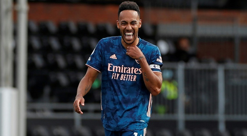 Arsenal captain Aubameyang signs new three-year contract