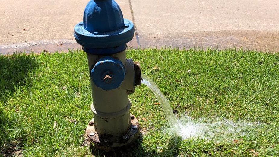 Hydrant w Lake Jackson w trakcie badania