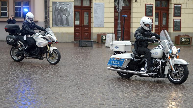 Motocykl Harley-Davidson, model Road King, przekazany funkcjonariuszom z KMPi w Rzeszowie