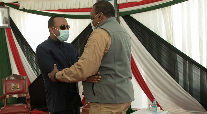 Uhuru receives Ethiopian Prime Minister Abiy Ahmed in Moyale (Photos)